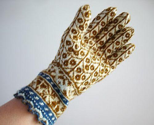 Ravelry: lacesockslupins' Gloves