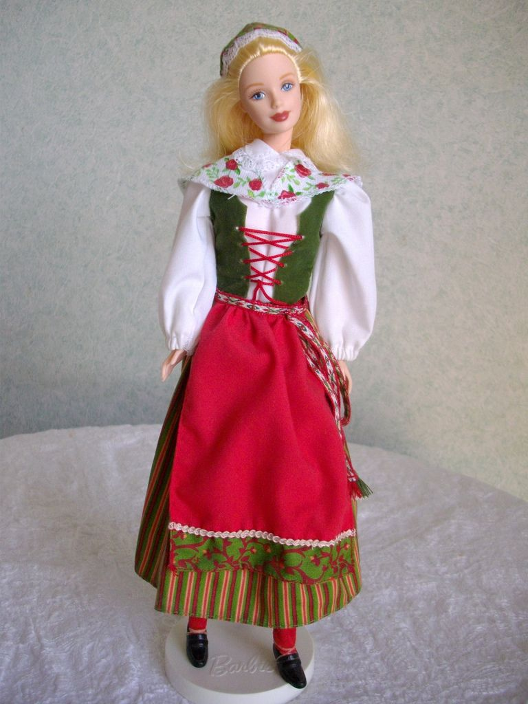 Pin By Idiosyncratic Journeys On Dolls From Around The