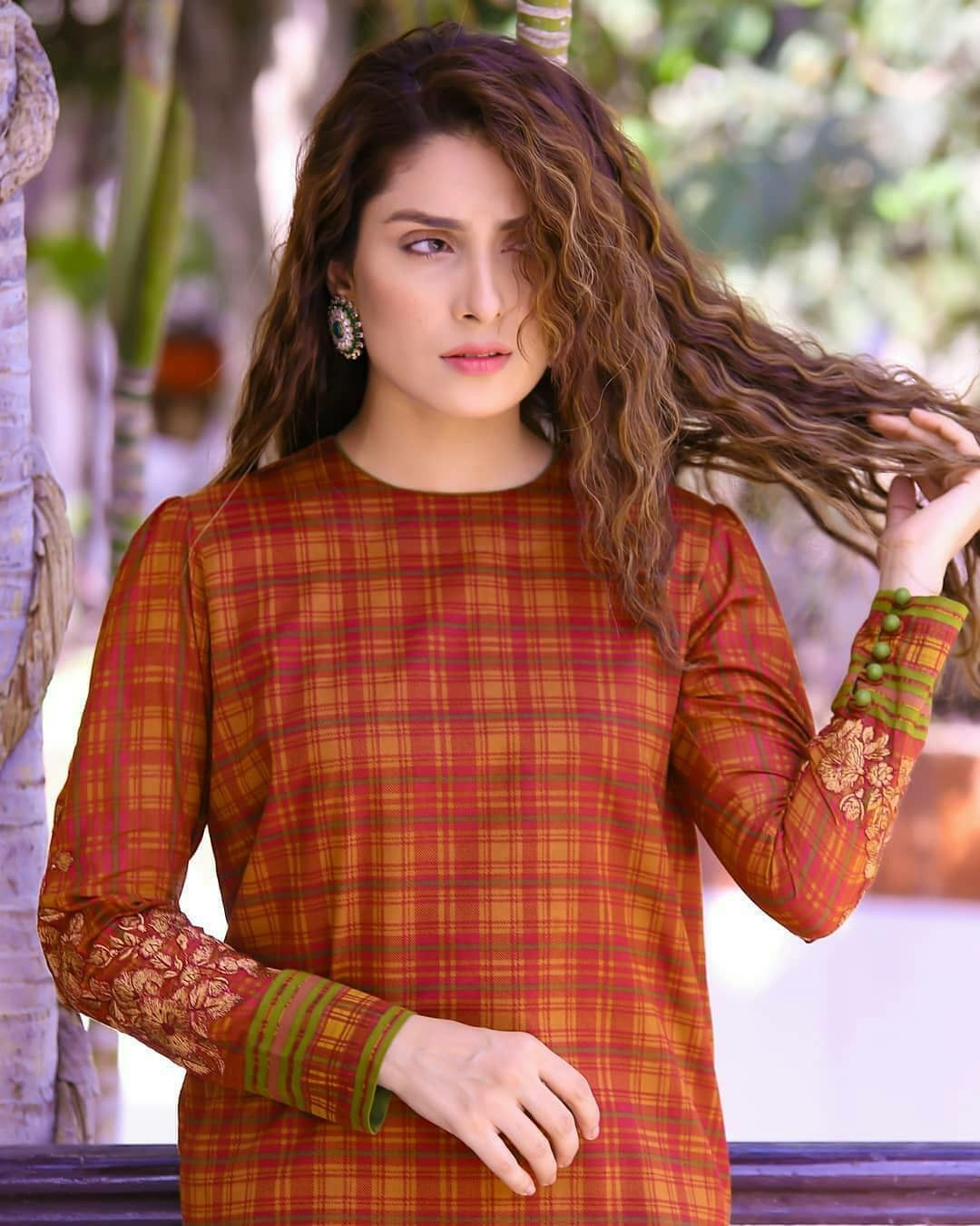 Pin by Ayra on AYEZA KHAN Ayeza khan, Pakistani models