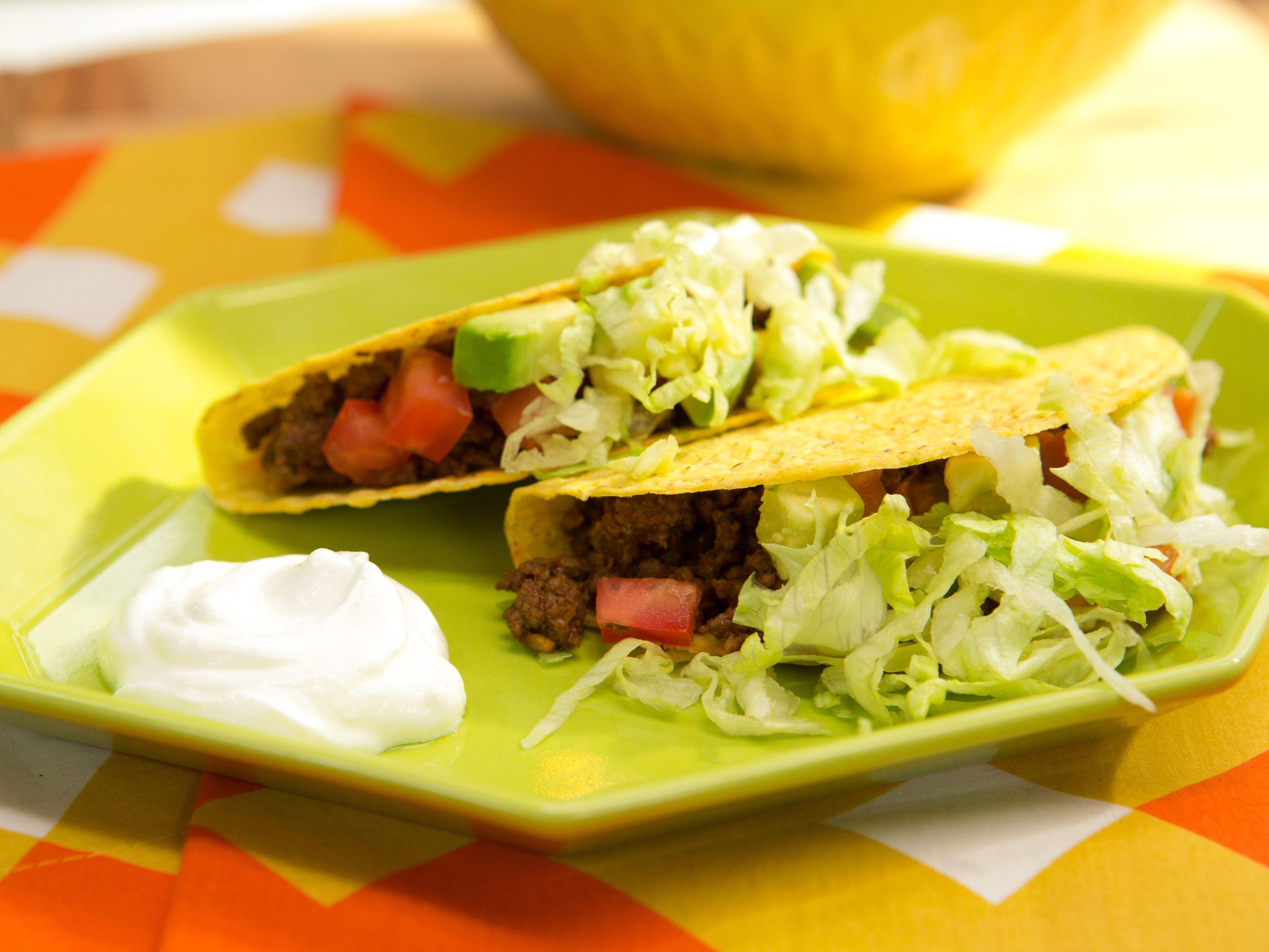 Hard Shell Tex Mex Taco Jeff Mauro Food Network Food Network Recipes Green Salad Recipes Tex Mex