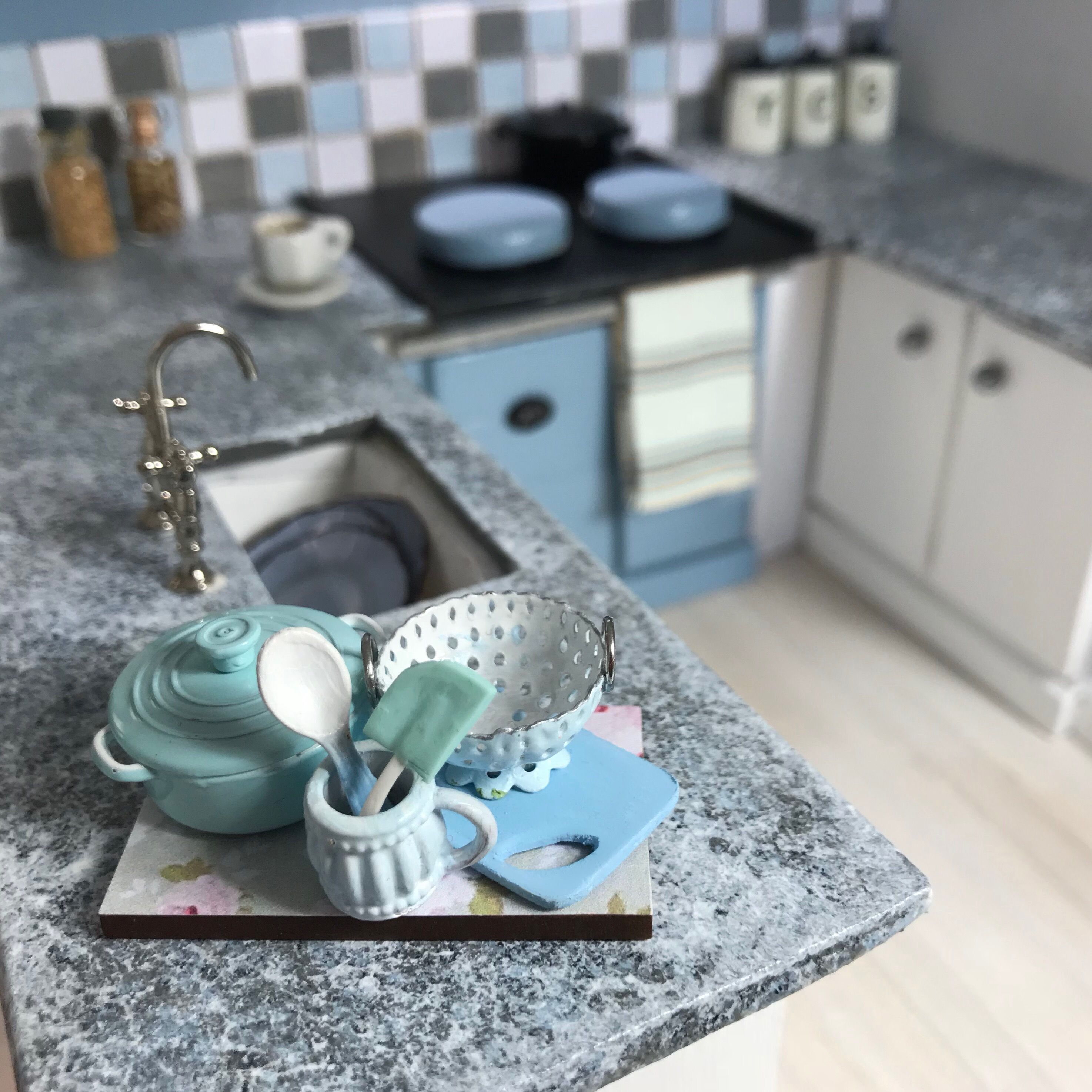 Kitchen almost finished! This is the Dolls House Emporium Lake View ...