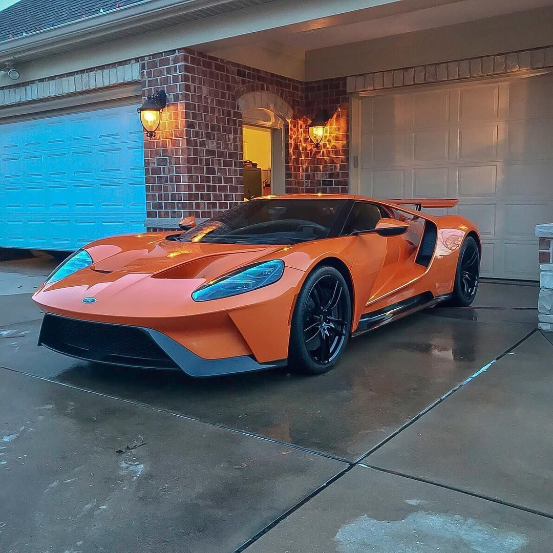Ford Gt That Is Clean Supercars Ford Fordgt Ford Gt Cars