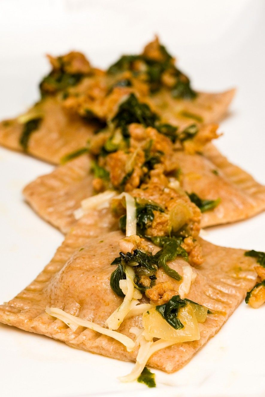 Fall Pasta Dinner: Pumpkin Ravioli With Sausage And Spinach