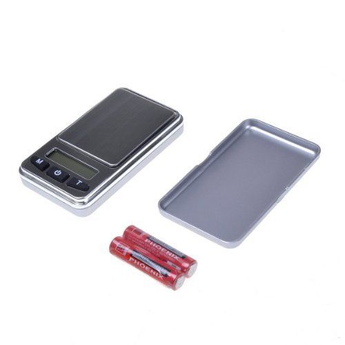 0.01g /200g Silver Digital Pocket Jewelry Scale Mini Electronic LCD Gram Scales by NEEWER. $6.21. Capacity: 200g.. Auto shut off if not used in 30 seconds. Accuracy: 0.01g.. This high precision scale is perfect for weighing small items. Features a large stainless steel platform and a clear LCD display with blue back-light. * This high precision scale is perfect for weighing small items * It is compact, portable, and stylish * Unique design, easy to carry * The...
