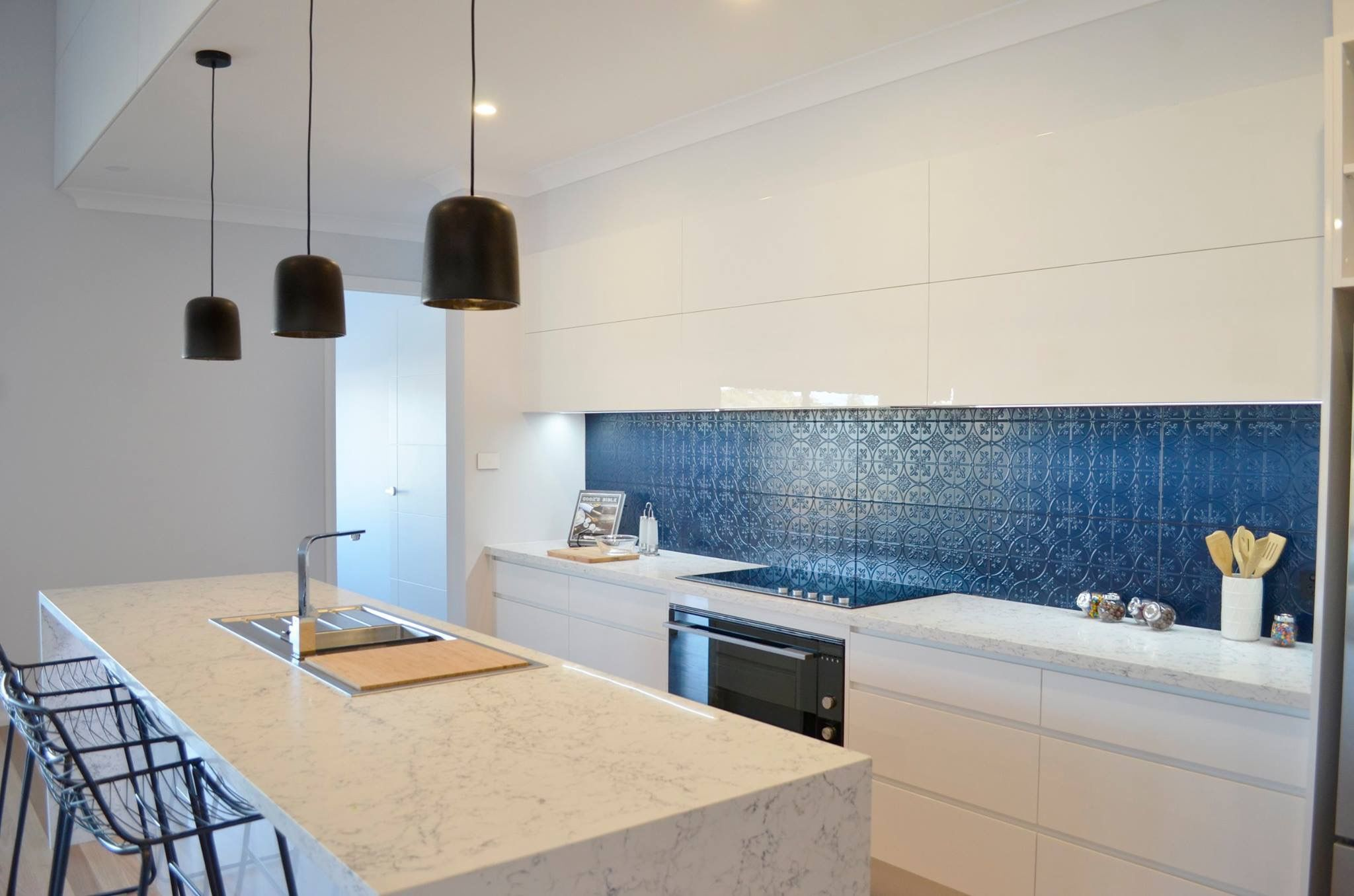 Caesarstone Gallery | Kitchen | Kitchen | Pinterest | Kitchens ...