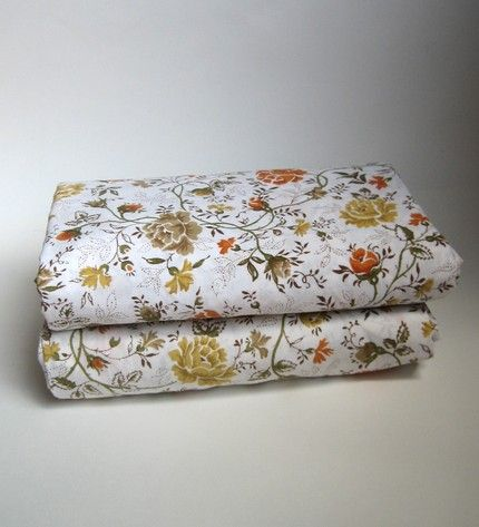 Floral 70's pattern sheets// on my grandparents guest bedroom beds my entire life :)