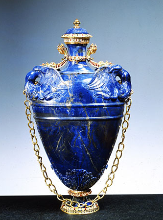 Lapislazuli Vase By Caroni Goldsmith Bilivert Based On A Design Of