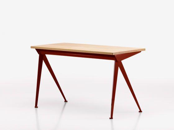 Compas direction web design designer furniture meuble