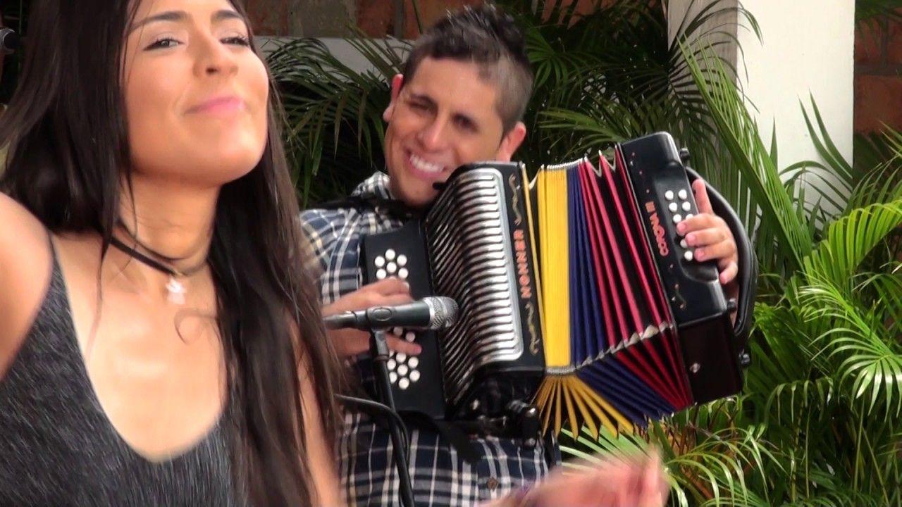 Karen Lizarazo - Muere una Flor (Version 2017)
