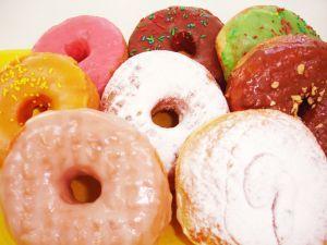 """¿Puede Ho'oponopono hacer que las dietas resulten más fáciles? ¿Qué sientes cuando oyes la palabra """"dieta""""? ¿Te concentras en el dolor que representa no comer todo lo que te gustaría? ¿Pero qué podría ser más doloroso que sentirte con sobrepeso, indefenso e incómodo? ¿Qué historias nos contamos a nosotros mismos para mantener la felicidad y el bienestar alejados? http://www.hooponoponoway.net/blog/2010/03/23/puede-hooponopono-hacer-las-dietas-resulten-ms-fciles/"""