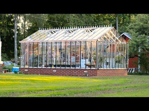 Greenhouse Plans: Assembly of a Sun Country Greenhouse