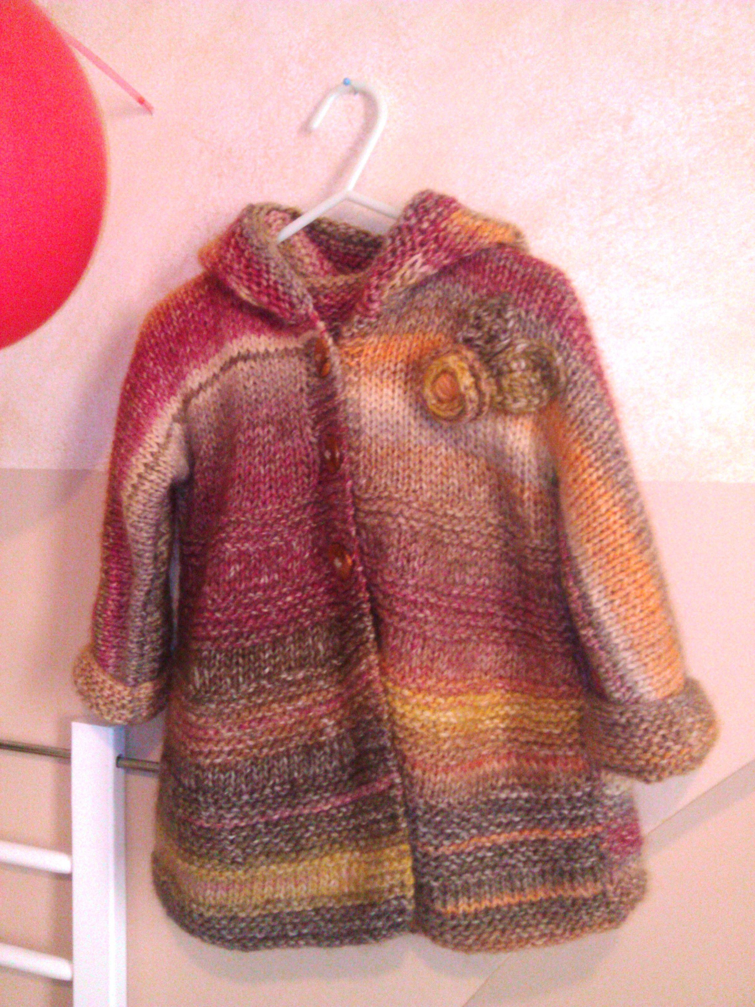 711fe2a1f abrigo niña con capucha. Talla 2-3 años = 2 madejas de Katia azteca ...