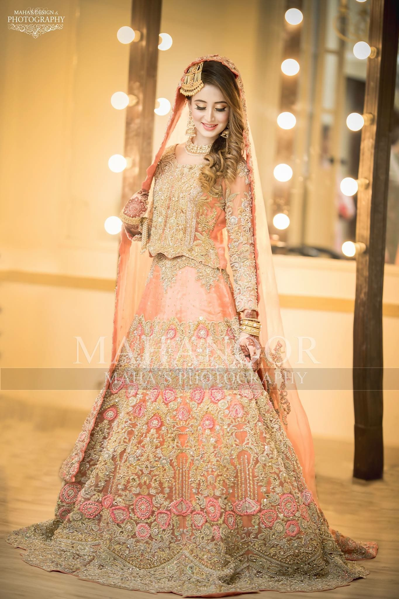 f275fae401 Pakistani bridal ✨**Be$t Tika &$ide jhoomar Hairstyle** board created by  **Haya Maik** ✨