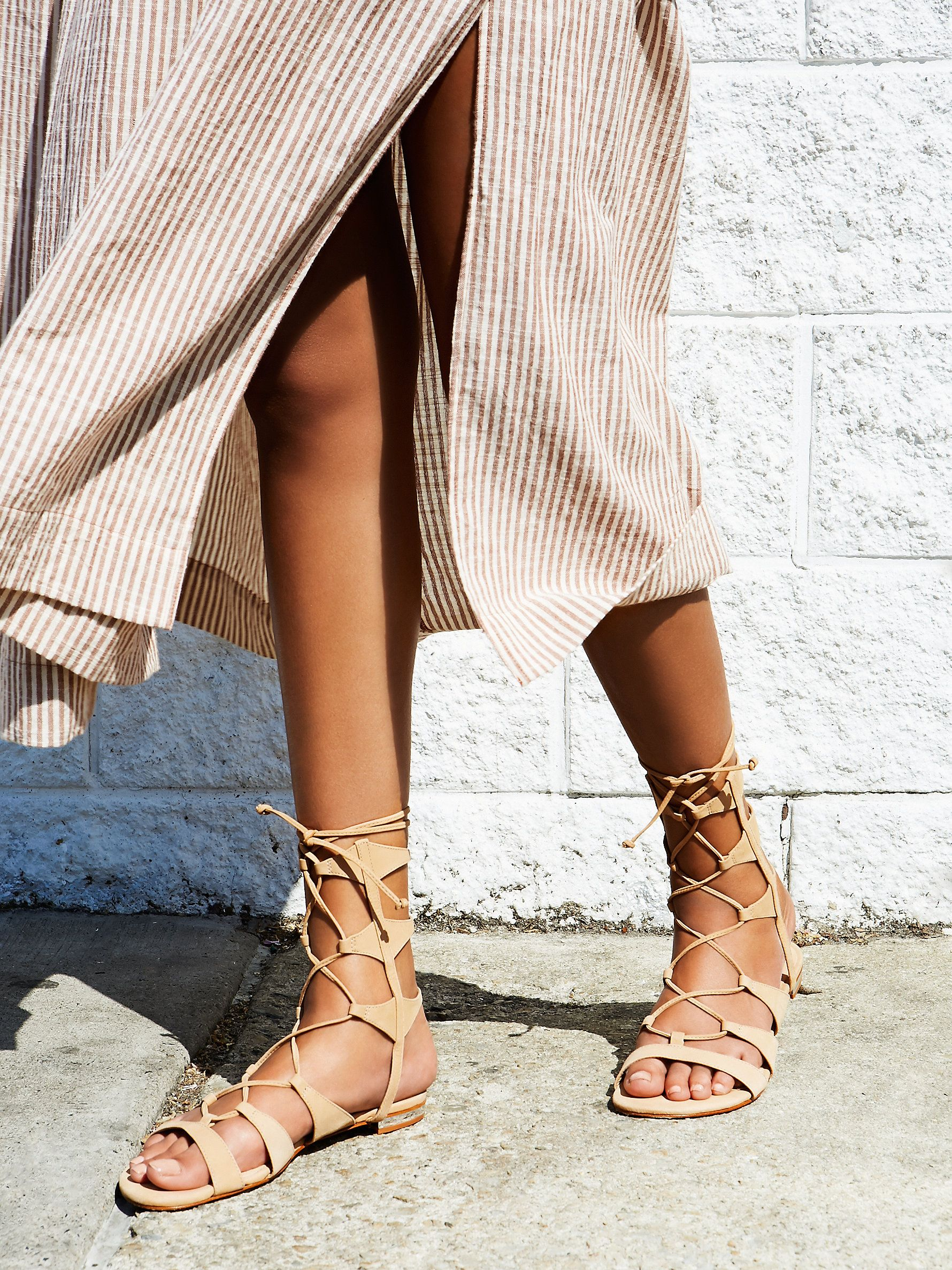 Schutz Lina Lace Up Gladiator Sandals// #dress #MaxiDress #sandals #LaceUps #summer #summertime #fashion #style #stylish #Schutz @schutzshoes #FreePeople @freepeople