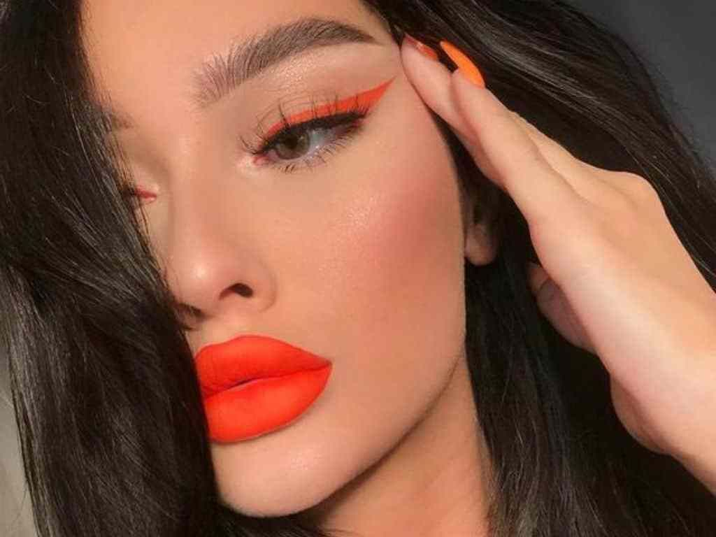 12 Creative Makeup Looks You Need To Try With Images Orange
