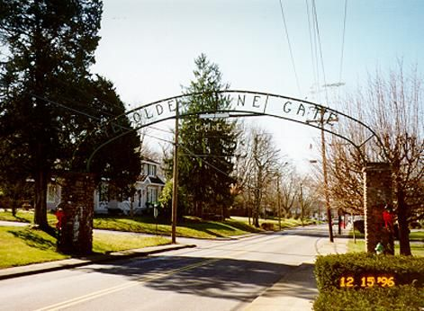 YE OLDE TOWNE GATE | State of tennessee, Places to visit ... City Of Greeneville Tn Vistor Map on
