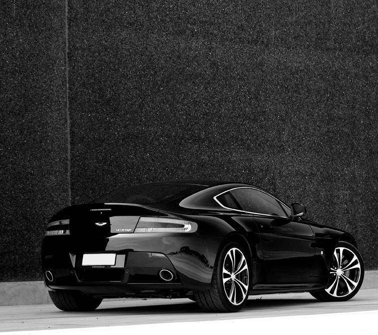 Limitless Luxury Aston Martin Dream Cars Aston