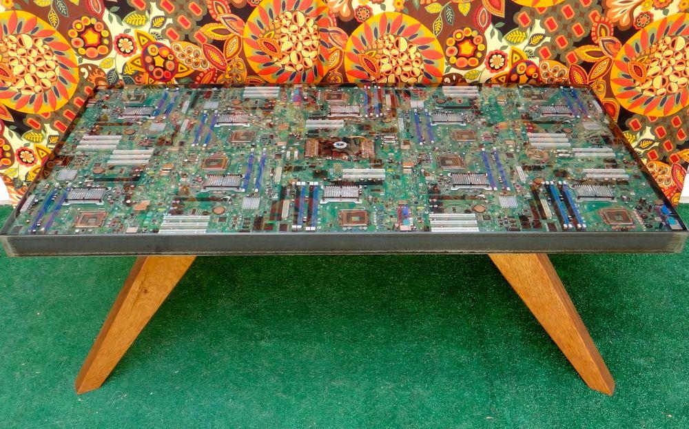 Custom Epoxy Resin Tables | Rad Finds | Pinterest | Resin ...