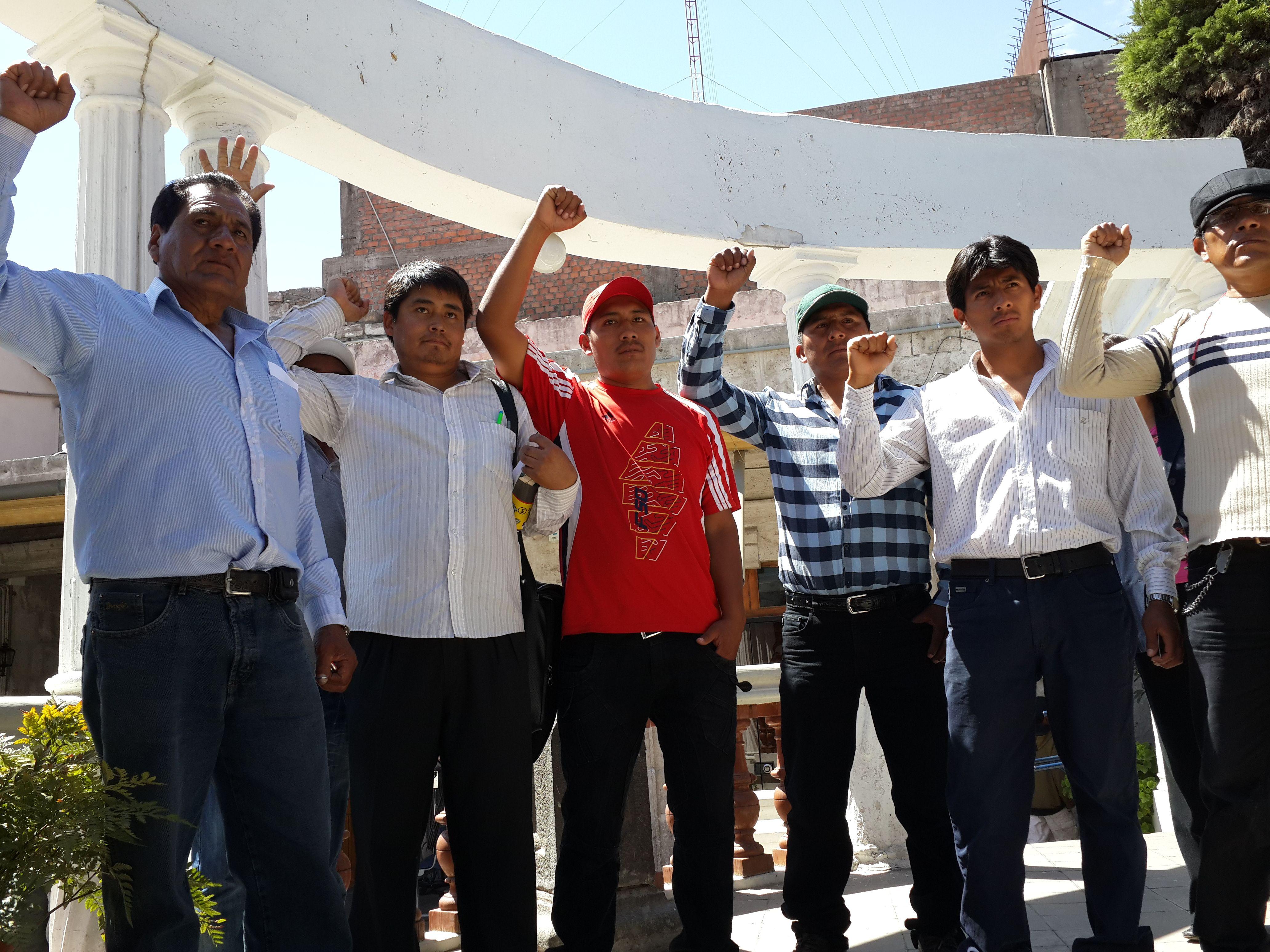 AREQUIPA. Confrontación entre candidatos deja divido gremio de Construcción Civil http://hbanoticias.com/5978