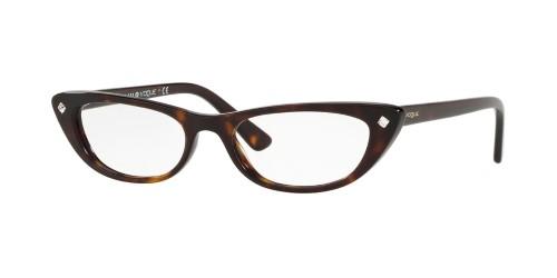 Pin de Lunna Pirett em Glasses/Óculos | Armações de óculos