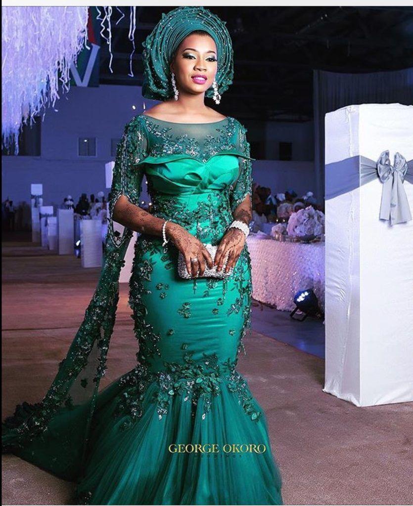 15 Beautiful Bride Traditional Dresses That\u0027s Look Glamorous