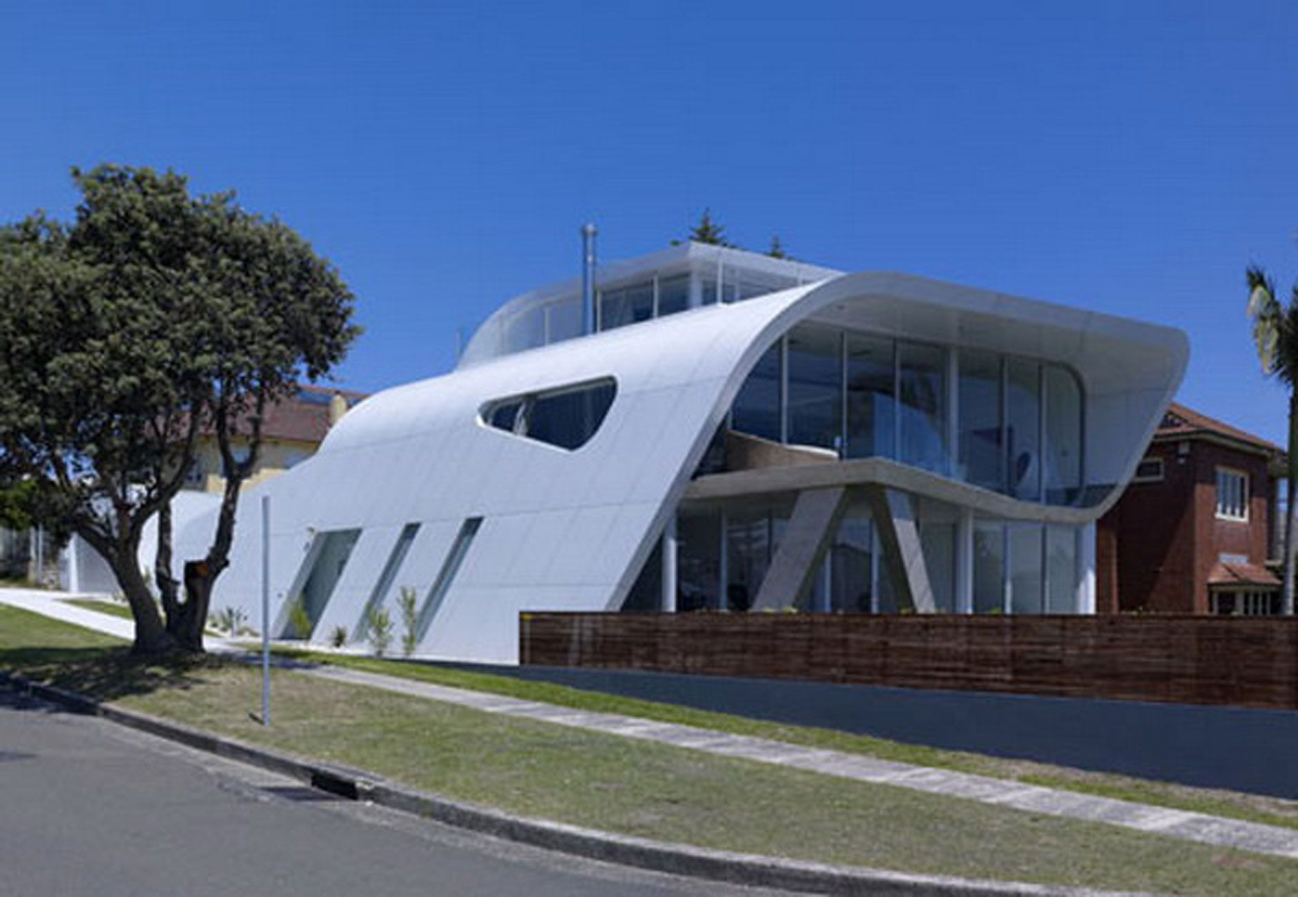 Future House Concept, Moebius House From Tony Owen Partners