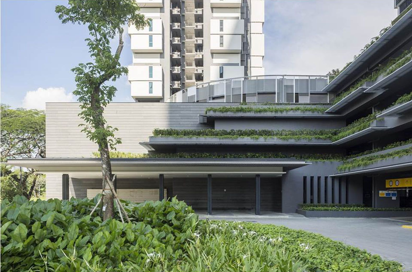 Singapore S Solar Powered Sky Terrace Residential Towers Combine All The Best Of Green Living Y Tưởng