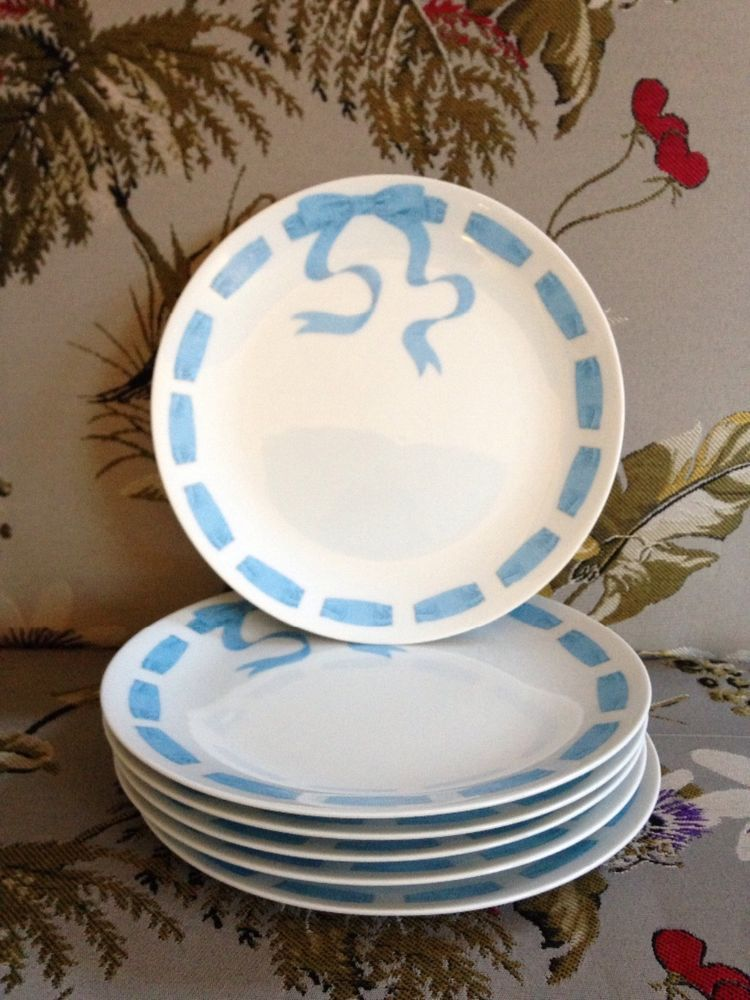 Set of six Neiman Marcus luncheon plates with ribbon and bow #NeimanMarcus