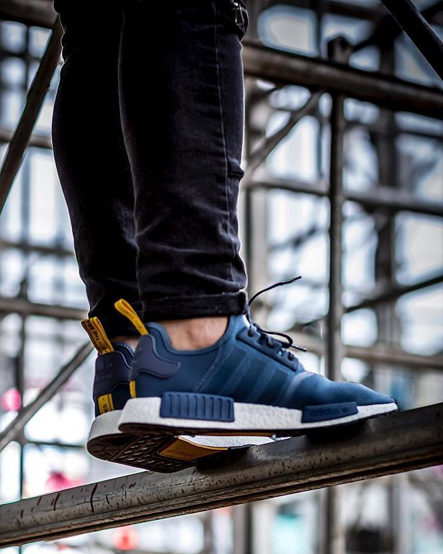 adidas nmd_r1 tech ink us 9