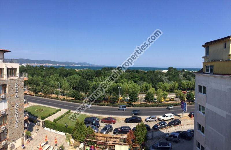 Gunstige Meerblick Und Bergblick Moblierte 2 Zimmer Wohnung Zum Verkauf In Komplexe Breeze 150m Vom Strand Apartments For Sale Sunny Beach Beach Properties