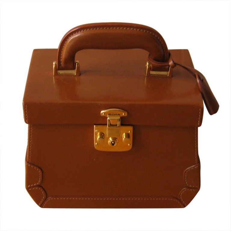 1d1b57e71aa8 Rare Beautifully Crafted Leather GUCCI Case with Mirror | From a collection  of rare vintage luggage