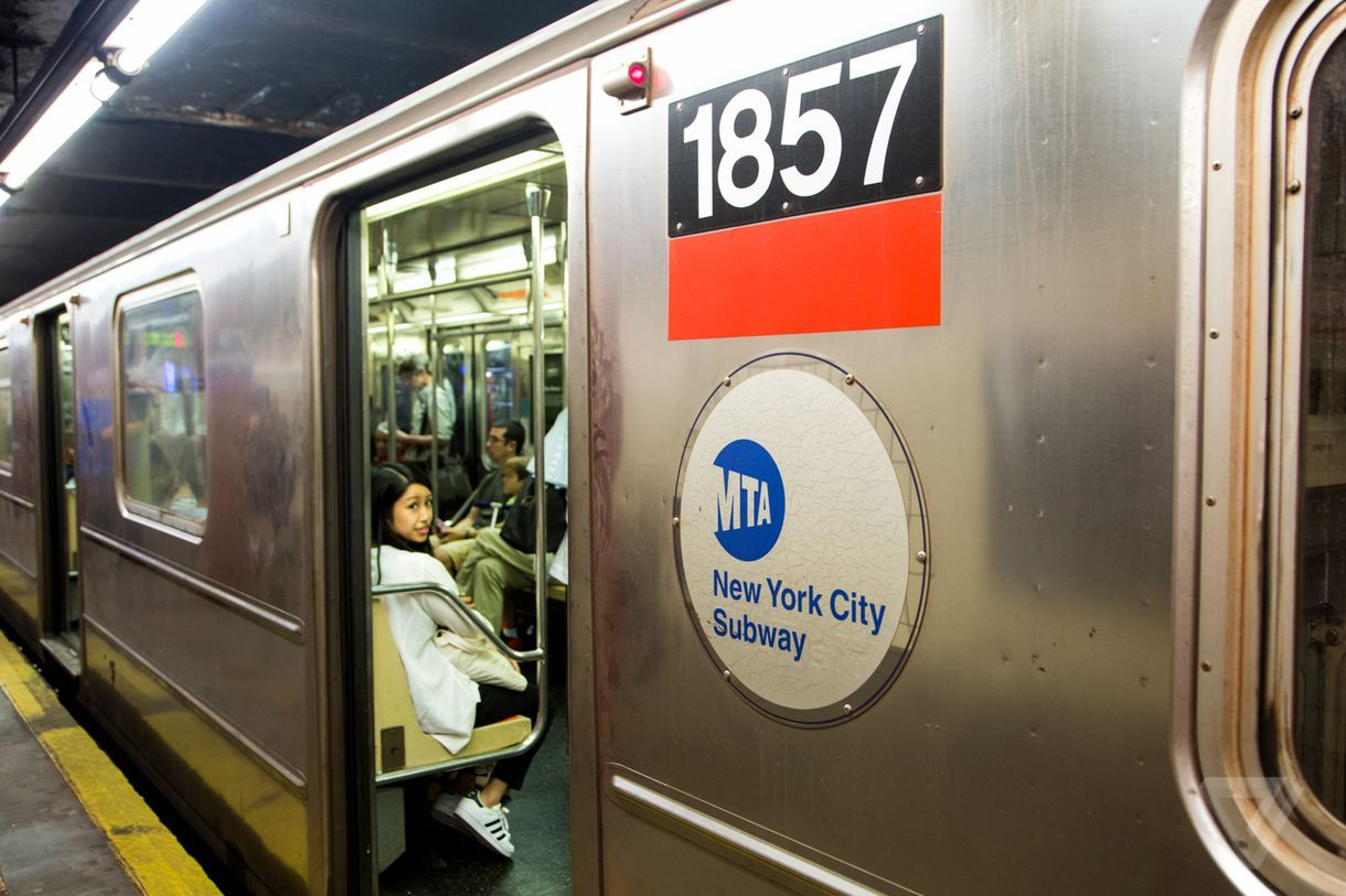 Apple Pay is coming to New York City's MTA transit system
