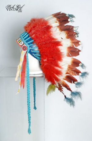 How cool is this? 1950's Indian Chief Head Dress Costume This is a vintage 50's 60's American Indian / Native American Chiefs feather headdress war bonnet. It was probably a costume or from Indian Guides but the original owner had it since the late 50's. Made of real feathers, real white fur on the sides, glass beads, and cotton felt.