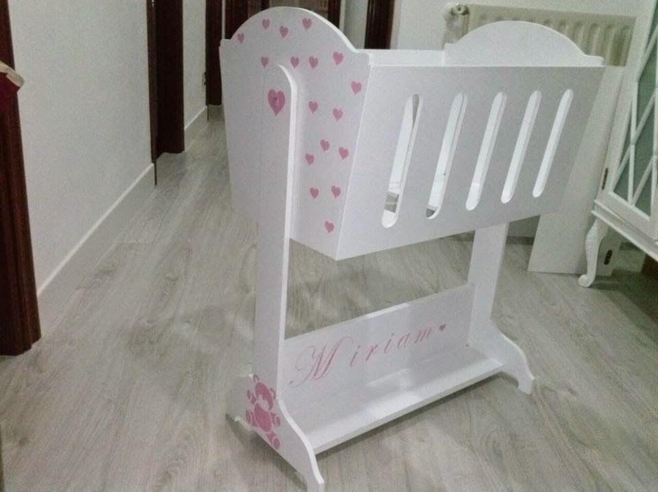 Un lindo detalle, que hace especial a cualquier niña...   Le Petit ...