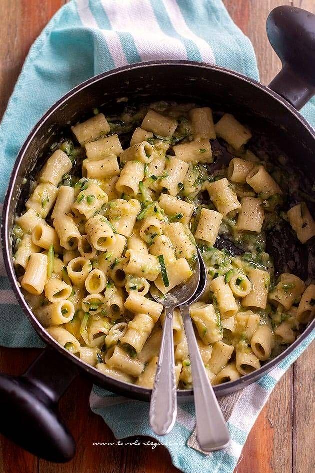 eab72241bcc565ad37655838296560f7 - Pasta Con Zucchine Ricette