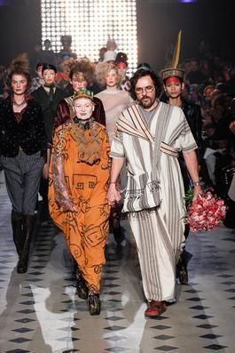 96d36f3be909 Vivienne Westwood Fall 2014 Ready-to-Wear Fashion Show  Complete Collection  - Style.com
