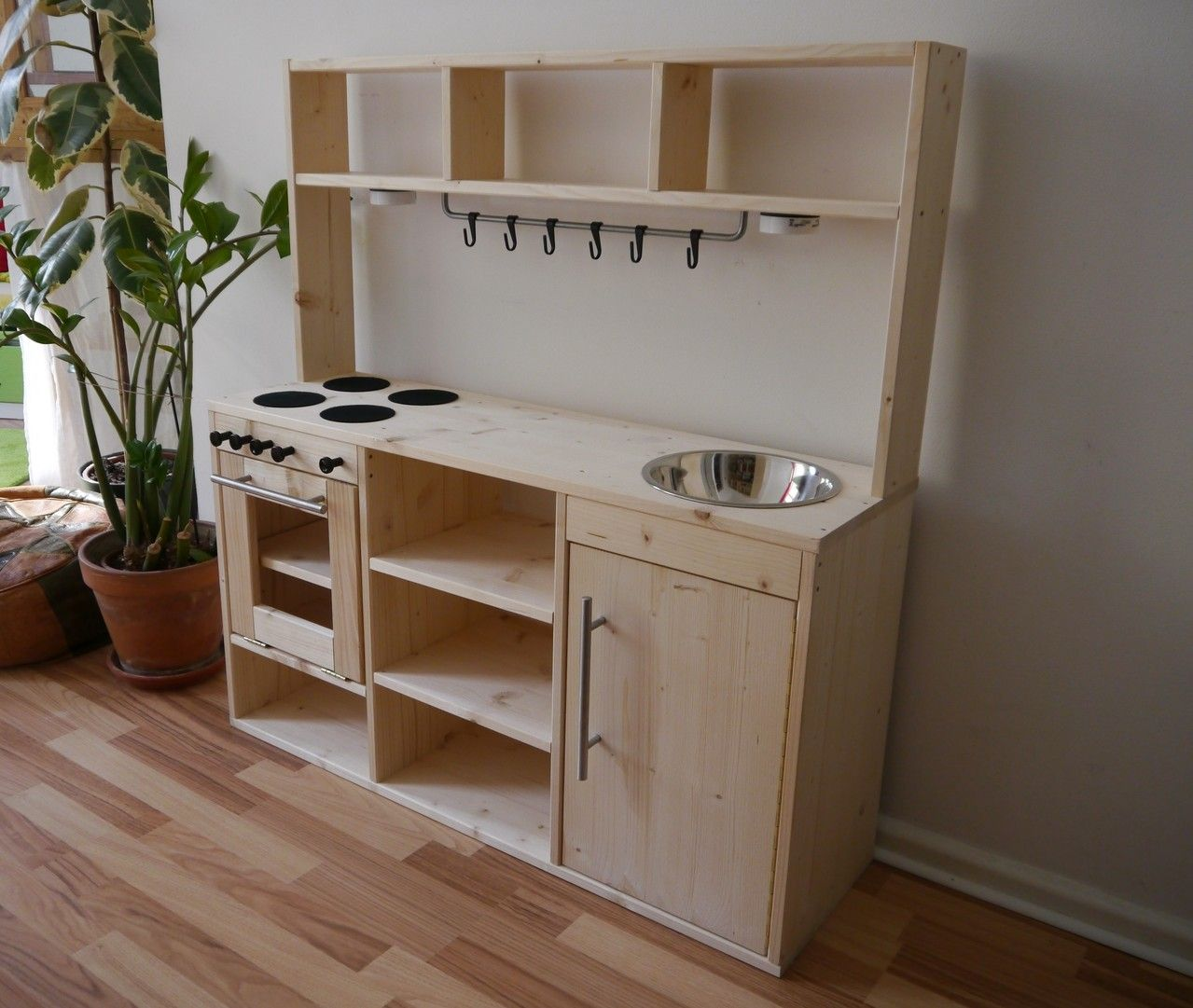 diy kinderk che zuk nftige projekte kinderk che k che. Black Bedroom Furniture Sets. Home Design Ideas