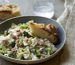 creamy bow ties w/ ham & broccoli