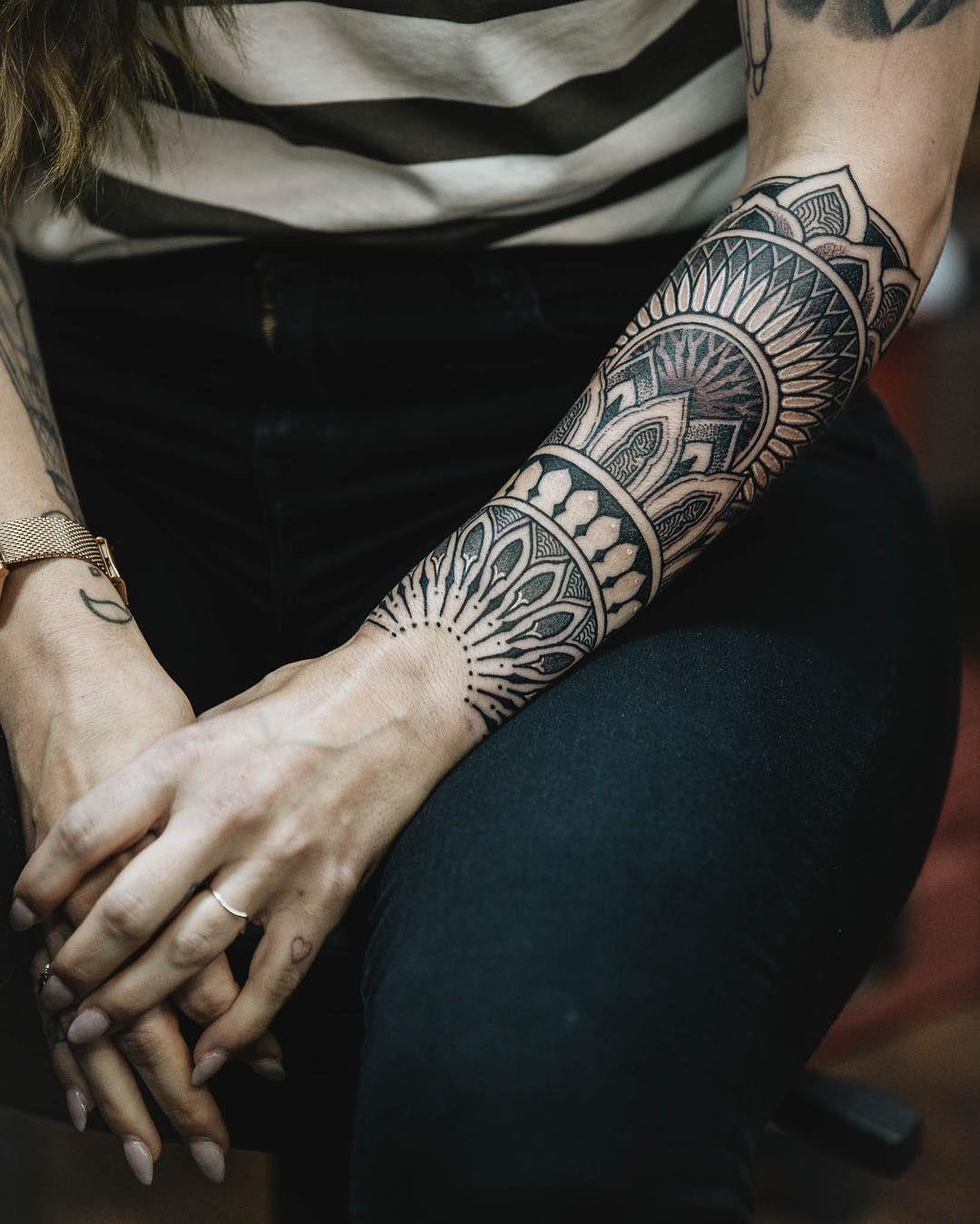 Barley Kalodimas Tattoo En Instagram Mi Nueva Direccion Es Crear Mas Femenino Un In 2020 Polynesian Tattoos Women Lower Arm Tattoos Arm Tattoos For Women