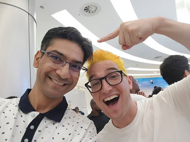 Great to meet @granthinds for the very first time @SamsungMobileSA #GalaxyS10Studio #GalaxyS10 #Fortnite @sandtoncitymall #TheLifesWay #Photoyatra #aashishRaiJain #6yearsofthelifesway #WalkingwithCamera #photographyeveryday #photographerwithpassion #instagrammer #techJournalist #Gaming #Johannesburg #SouthAfrica #GalaxyNote8 #DoBiggerThings #shotwithmygalaxy #WeekendTrip #Funwithfriends #Selfie www.thelifesway.com