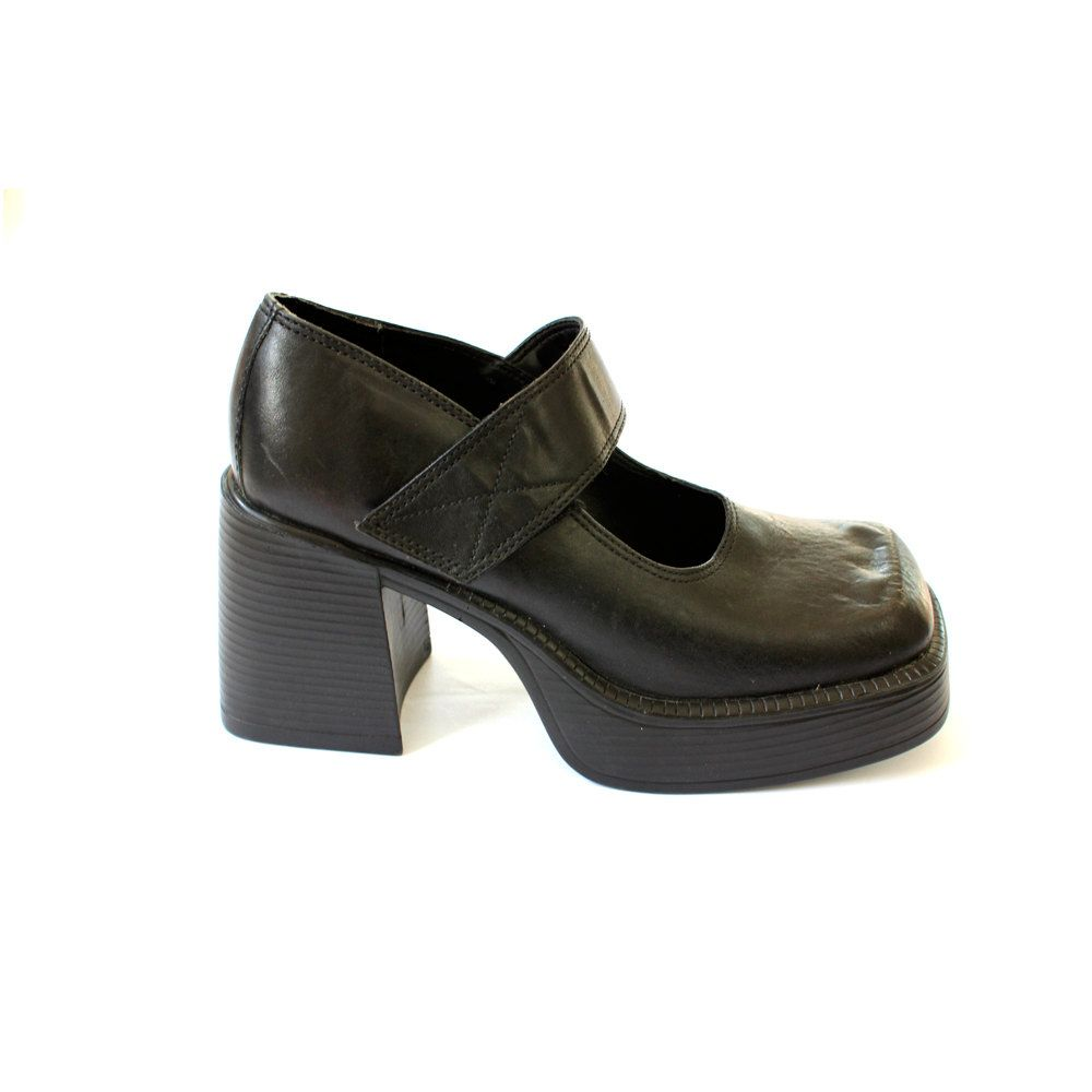 vintage 90's GOTH CLUB kid platform chunky heel by clevernettle, $61.00    I WISH THESE WERE MY SIZE