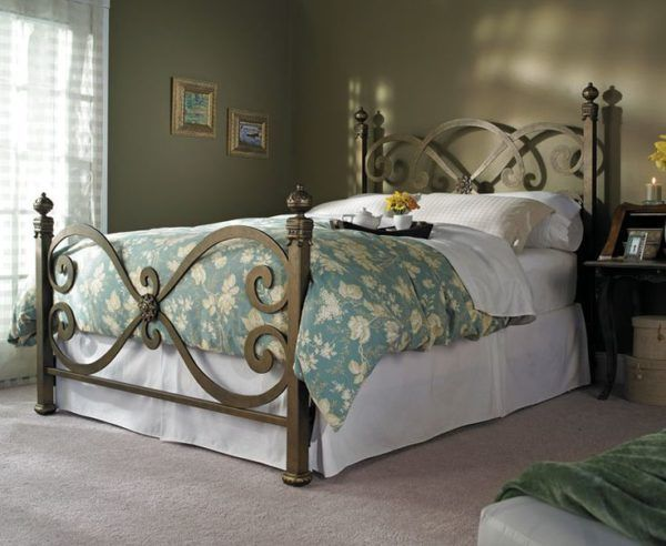 King Metal Bed Frame Headboard Footboard with Large Duvet Covers ...