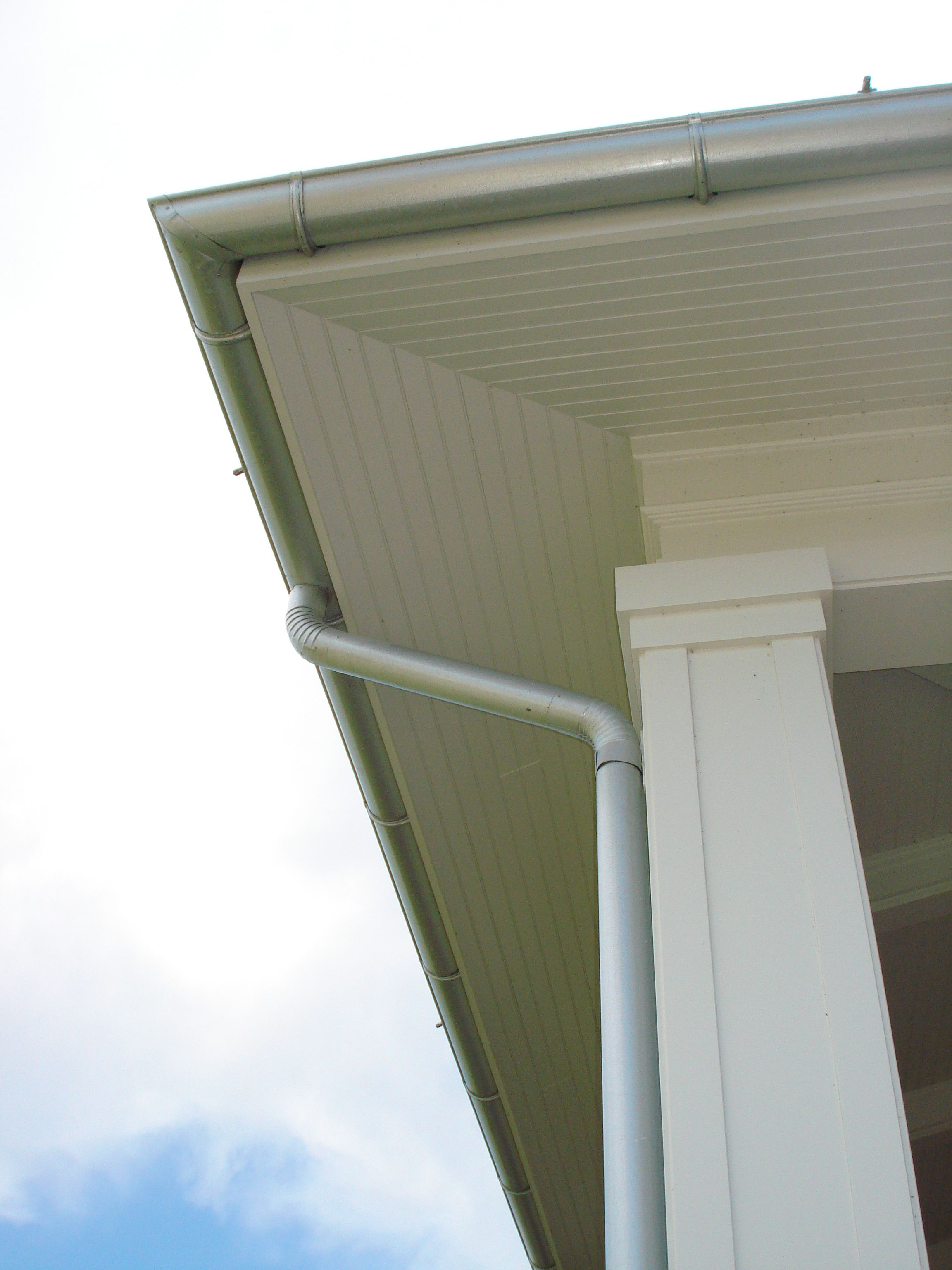 Half Round Galvalume Gutter Installed By Mullet S Aluminum Gutters Awning Curb Appeal