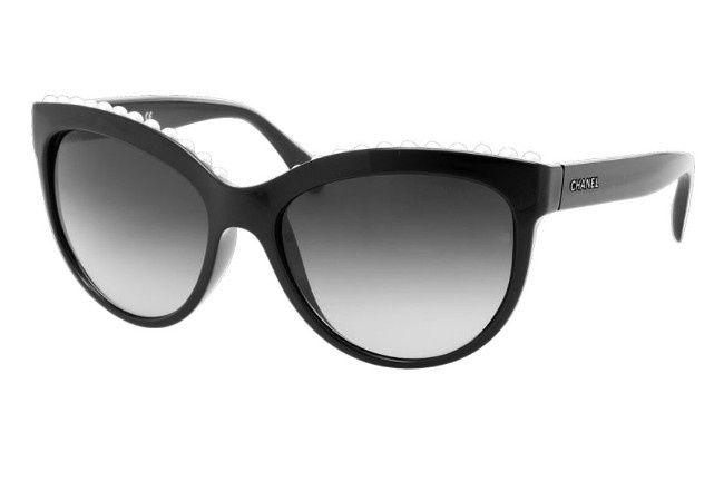 Lunettes de soleil - Chanel   EyeWear   Pinterest   Sunglasses ... e127cbddb4bb