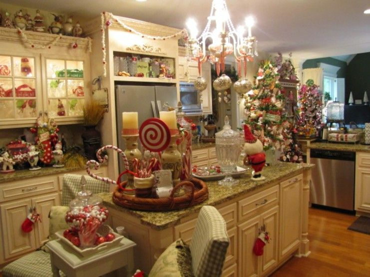17 Best images about Kitchen decorating ideas for christmas on Pinterest |  Entertainment units, White trees and Christmas decor
