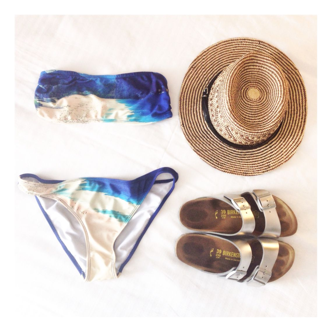 Perfect beach combo  [ blancheetcharly.com ]