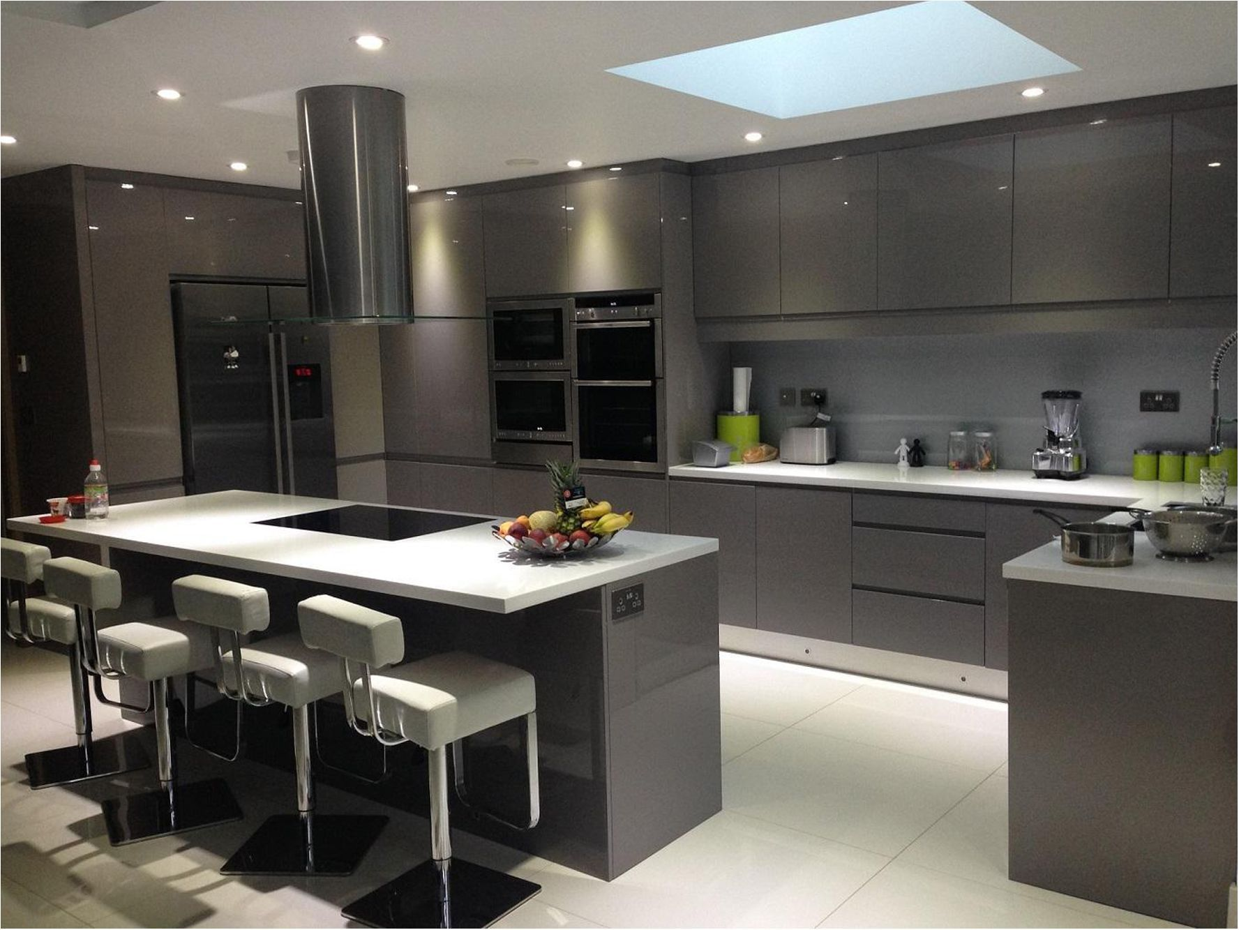 Trends In Kitchens 9   European kitchen design, Kitchen room ...