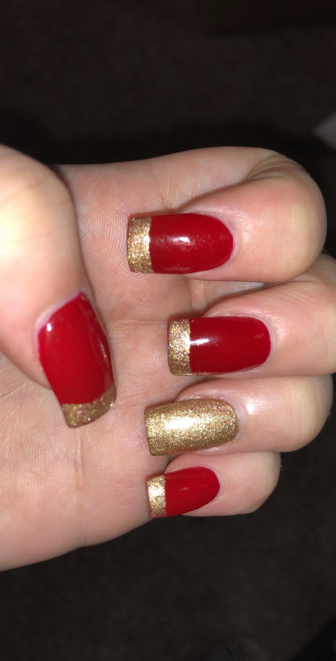 Christmas nails❤️ Red and gold nails for the holidays