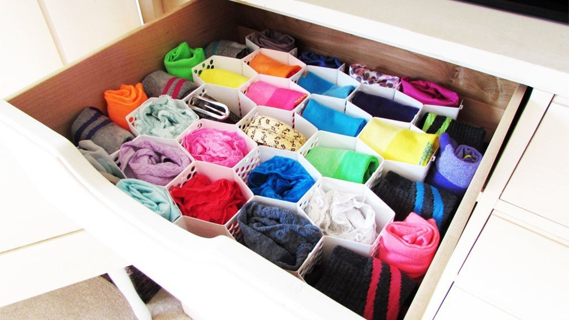 Ranger Ses Collants 8 Genius Tips For Organizing Your Underwear Drawer In 2019