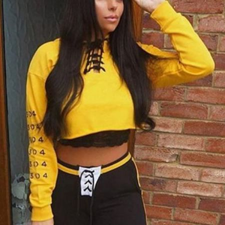 424f79288d Pin by Sweatshirtxy Limited on 2018 fall crop tops short hoodie for ...